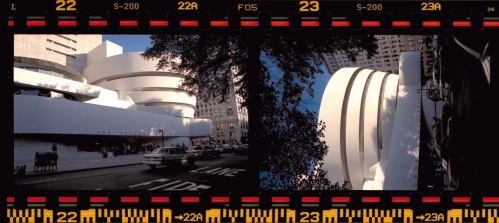 Fotografías tomadas en Nueva York Solomon R. Guggenheim Museum The Art of the Motorcycle June 26 – September 20, 1998