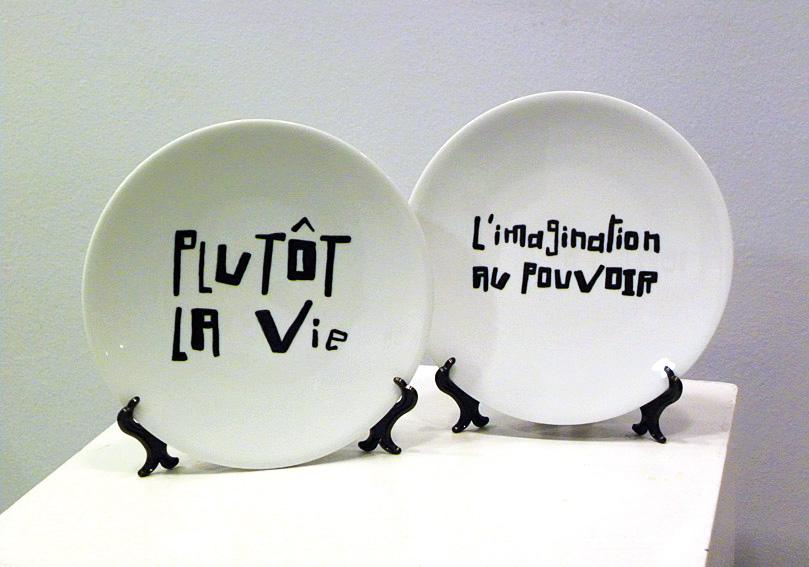 Platos de cerámica pintados a mano. 2009