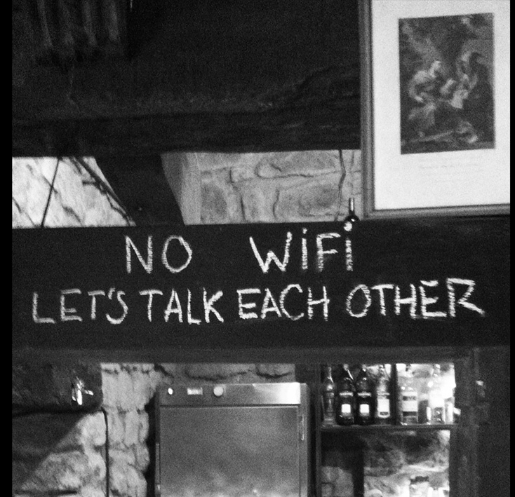 No Wifi Hablen Entre Ustedes