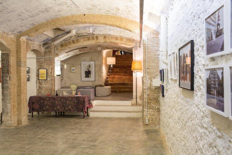 Exposición colectiva de cerámica 'Fang en femení'. Las cosas de Martínez. 47º Congreso y Asamblea General de la AIC. Barcelona. 2016.