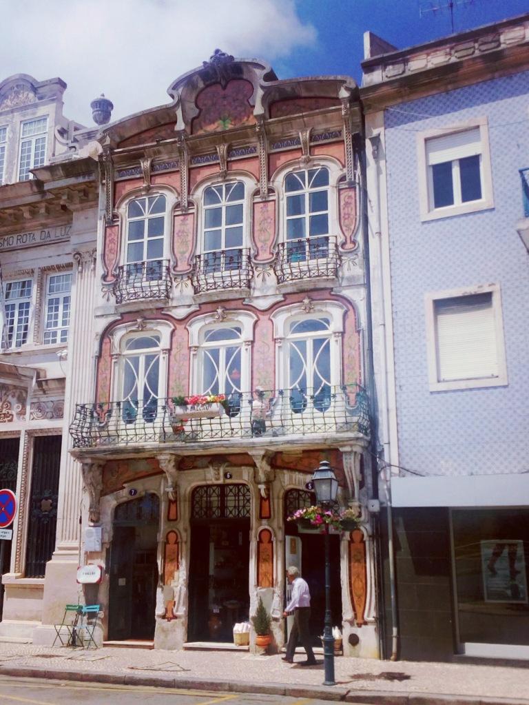 Deluna Ceramics at Primeiro Balcão